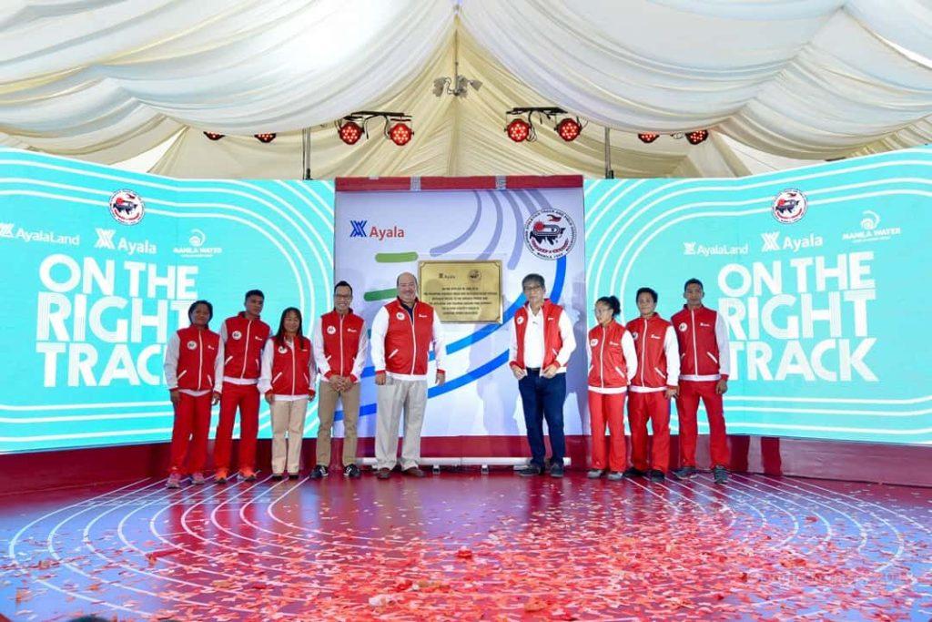 Ayala-with-national-track-athletes