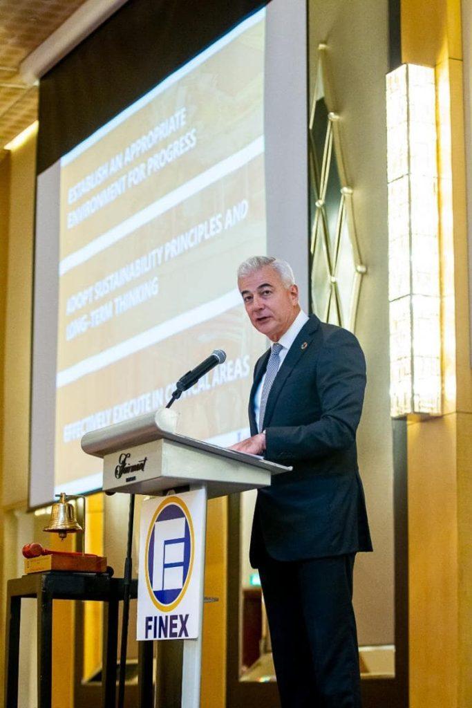 Zobel calls for better public-private