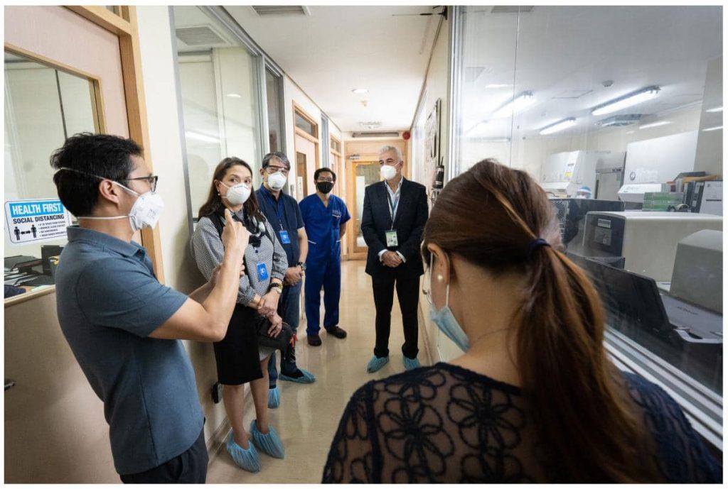 Fernando Zobel de Ayala of the Ayala Group take a tour of TDF's newly-upgraded lab