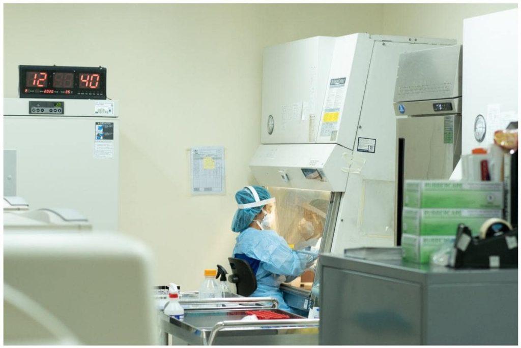 Lab technician at the DOH-accredited TDF COVID-19 laboratory