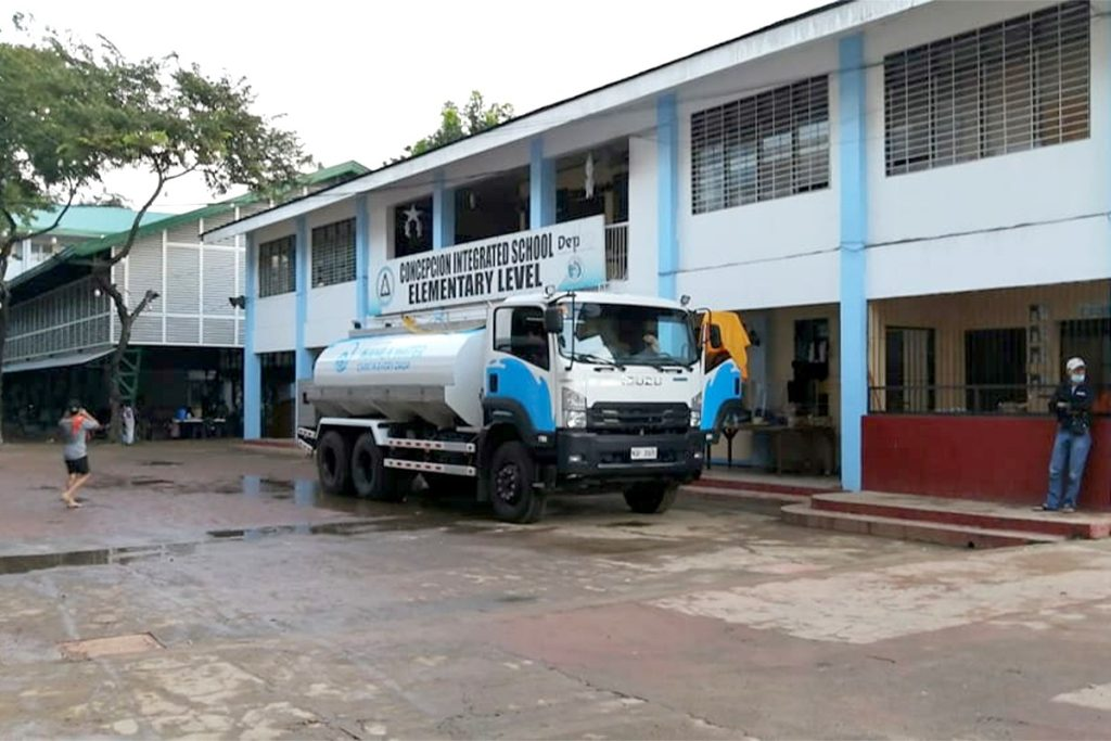 Ayala-group-relief-ops-Concepcion-Integrated-School