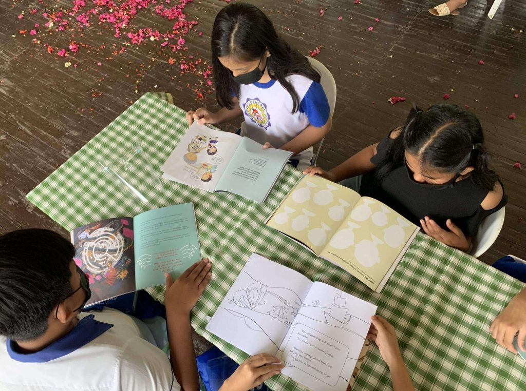 Ayala-turn-over-new-COVID-19-lab-Marinduque