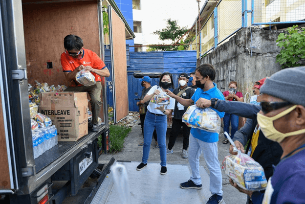 Food-pack-distribution-Muntinlupa